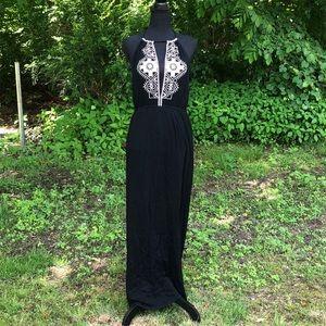 NWT Papaya Sleeveless Maxi Dress